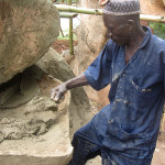 Adeyemi Oseni, master sculptor, at work